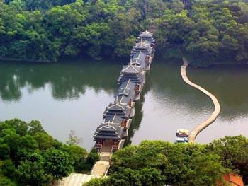 立鱼峰风景区图片
